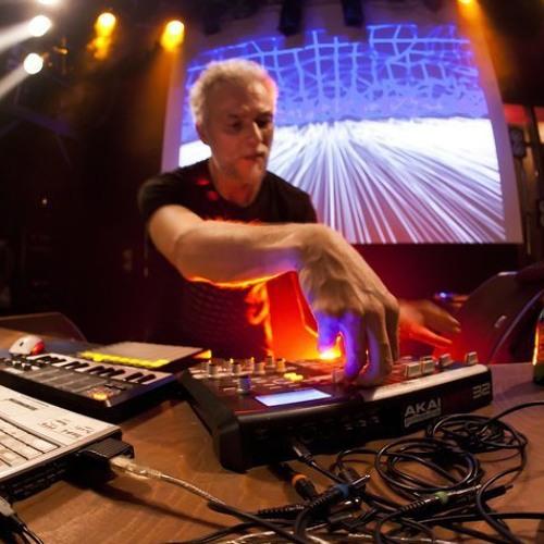 Dragongaz live Brest Astroclub 0411 (free download)