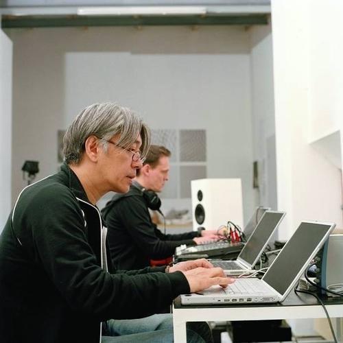Alva Noto + Ryuichi Sakamoto - Pionier IOO