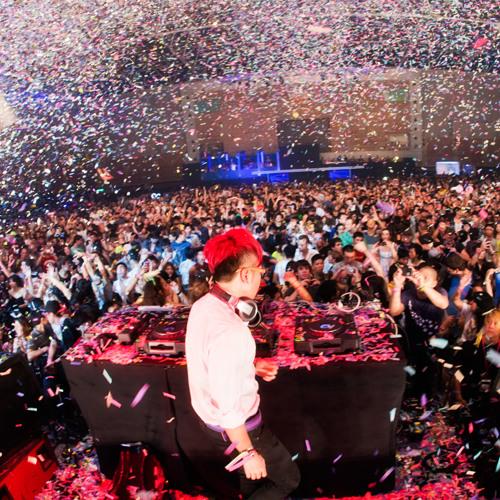 DJ Reaz:on - live @ Spring Love 2011 (2011.05.14)