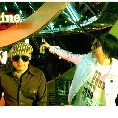 I Count the ways By Nortec Collective Bostich+Fussible(Vive latino 2011 mix)