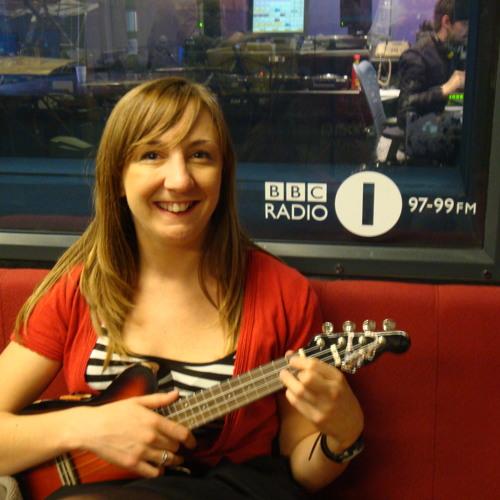 Colin Murray interviewing Lorraine about KaraUke on Radio 1