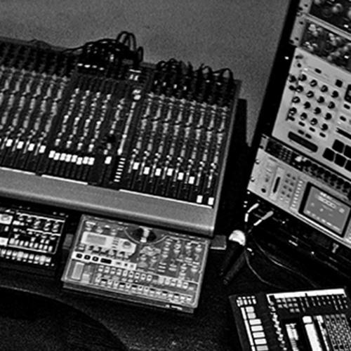 Moving Along [Vague Terrain Audio Editions: 04 - 2010]