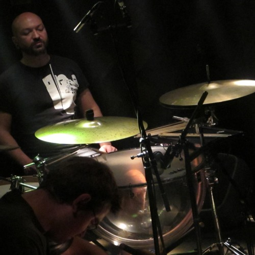 drum solo (remix) : cymbals and tympani
