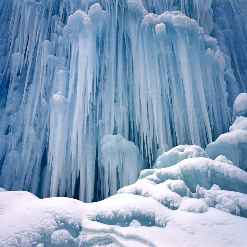 Vari - Frozen Waterfalls