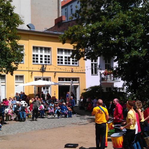 Berlin samba at Winterfeldtmarkt