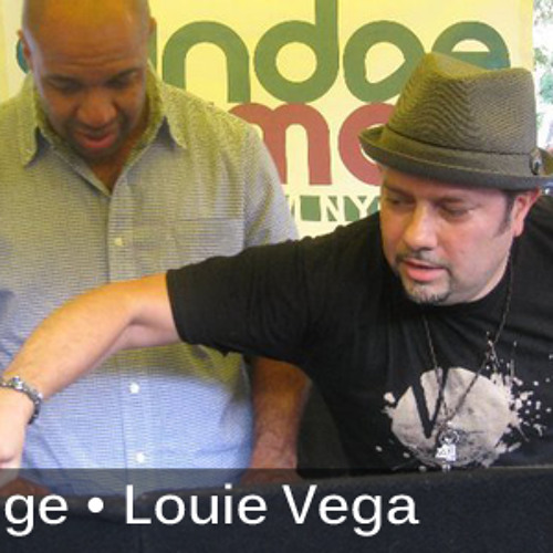LITTLE LOUIE VEGA & KEVIN HEDGE FROM ROOTS NYC LIVE ON WBLS 26-11-2010