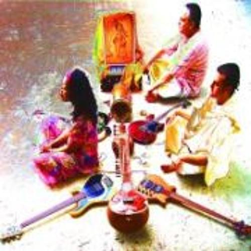 RADHA GOVINDA KIRTAN  (JALEBI Music)