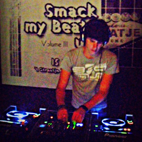 Expensive KVR Live @ Smack My Beats Up Vol. III 15/07/2011
