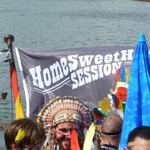 Andreas Henneberg at Beats & Boats 2011 - HomeSweetHome Float