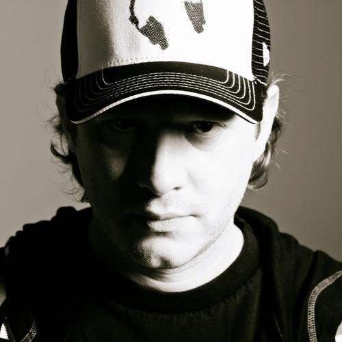 KeeMo DJ Set-08-2011