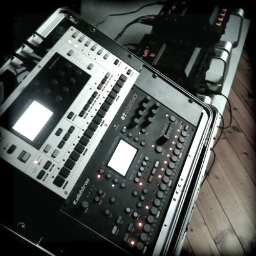 Monomachine vs Octatrack by Zviij (soundtrack from video)