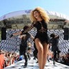 Beyoncé - End Of Time Live Good Morning America 2011[High Quality]