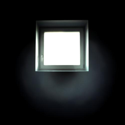 08 Aukštai Danguj (2011)