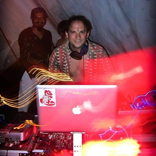 Sequoia (w/ MC Shahid and Black 22) Live @ Meso Creso - PEX Summer Fest 2011