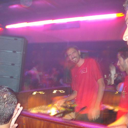 DJ Tarkan @ Virgin Radio (September 18, 2010 - Part 2)