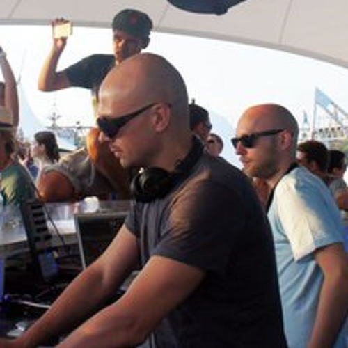 SANCHEZ & SAPUNOV @ BUBBLE BAR, KAZANTIP-19, 15.08.2011