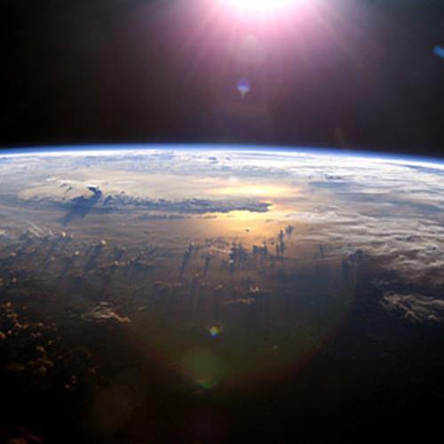 Planes Over Paris - Distant Earth   (Crash land on Mars re-edit)