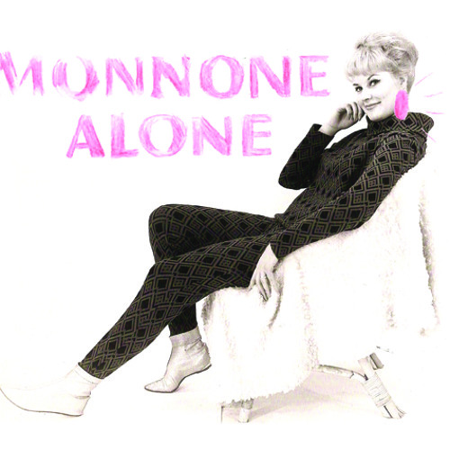 Monnone Alone - Pink Earrings