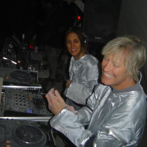 [Christopher Lawrence DJ Side Project] - Mr & Mrs Smith - Live at Burning Man (2011)