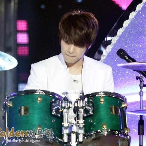 Heartstrings OST - STAR (Minhyuk )