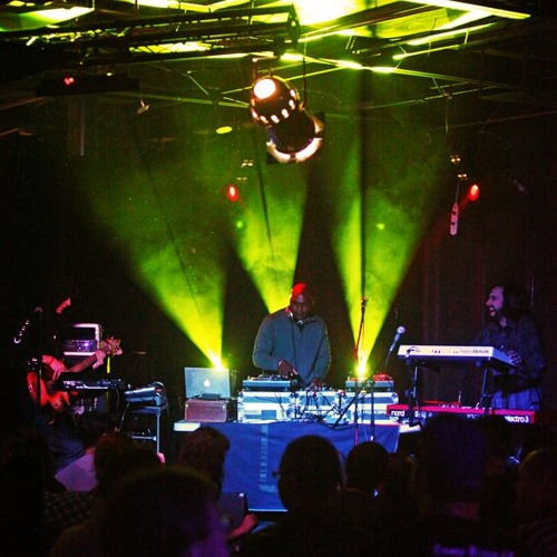 Headtronics live 1