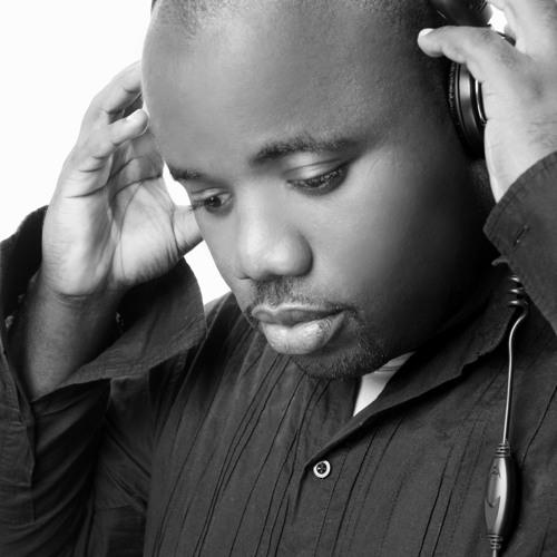 13 Amos Wafula Feat SC & Angel B - Falling for you