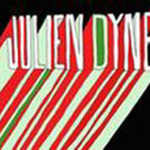 LAYER (Julien Dyne, Pugs Atomz, Dj Vadim, Yarah Bravo)