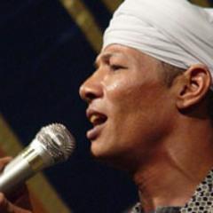 يبكي ويضحك - الشيخ زين محمود
