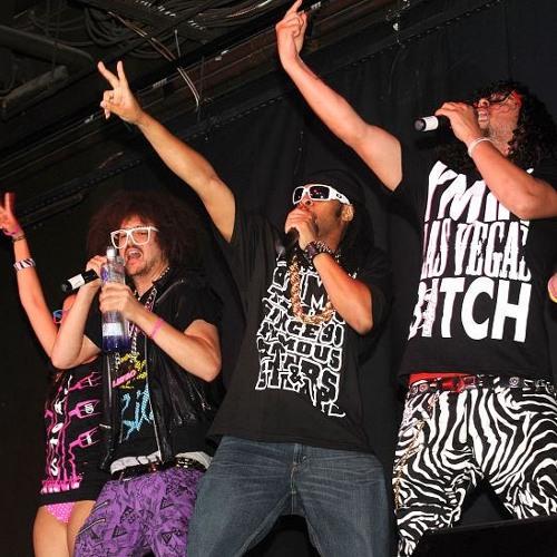 Lil Jon & LMFAO vs. Chris Brown - Drink vs. Yeah 3x (DJ Nugget Segway) (Intro-Dirty-Acap Out)