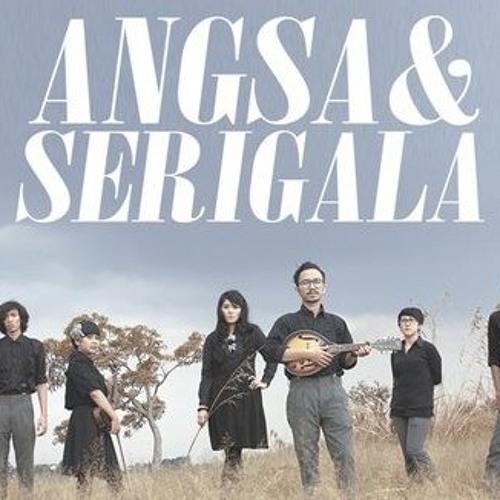 """Angsa & Serigala - """"Hitam & Putih"""" (Live on air at Substereo, OZ Radio Jakarta, 20 October 2011)"""