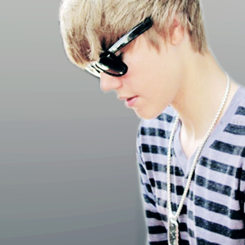 Justin Bieber Feat. Busta Rhymes - Drummer Boy