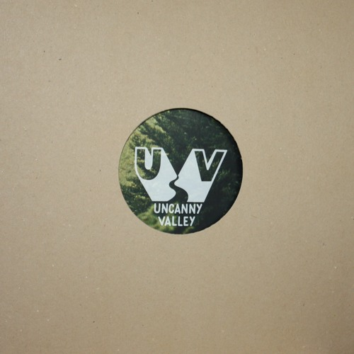 UV Ltd 01: B2 - Echology - Peekaboo (128 kbps Preview)