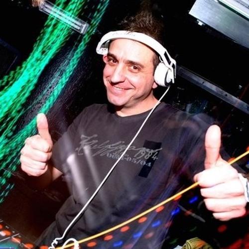 DJ Alessandro Kalero - The Essential Sound.