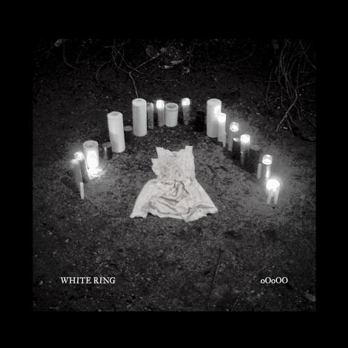 White Ring / oOoOO - Roses / Seaww