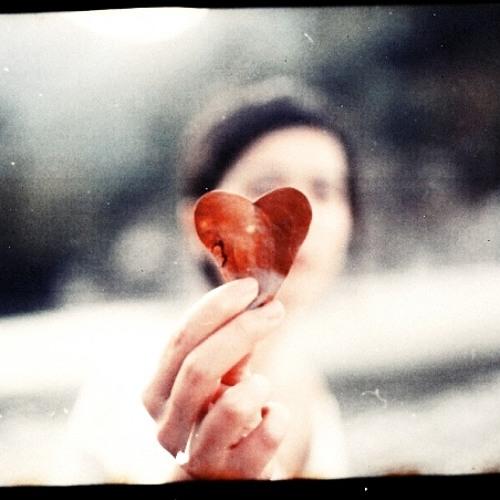 "Essáy & Stumbleine - Rhiannon (Nocow Remix) (""buy this track"" for DL)"