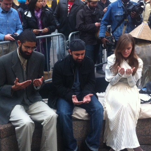 Sounds from a wedding at Zuccotti Park just now #ows
