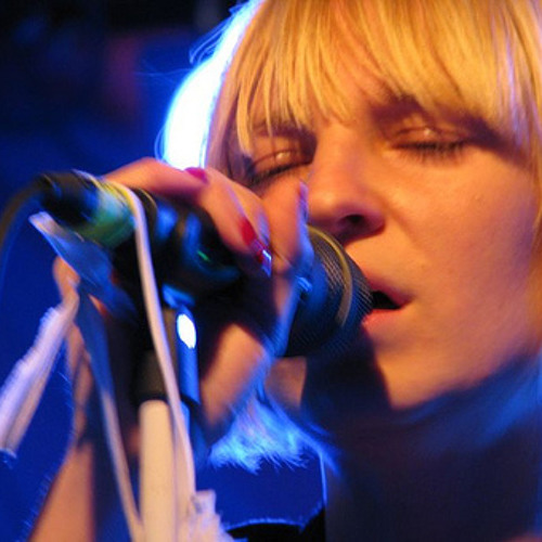 Sia - Breathe Me (Live)
