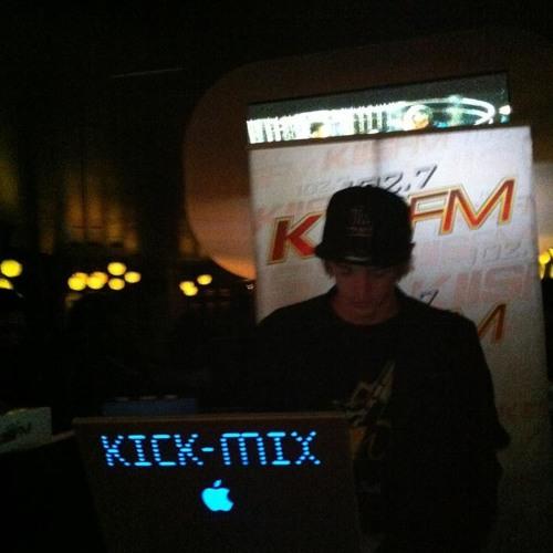 102.7 KIIS FM Set