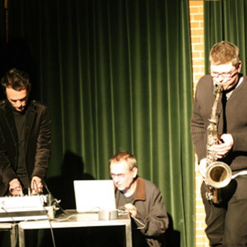 Loudspeaker (Antoine Chessex / ILIOS / Zbigniew Karkowski) - Excerpt from the Lowrider Tour