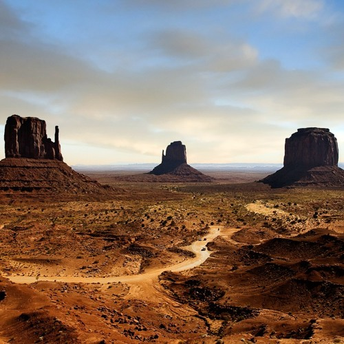 Monument Valley, for two recorders (2009)