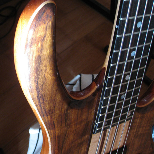 Ken Smith with new Ken Smith Taper Core strings
