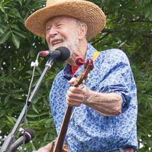 "Pete Seeger on the Merits of ""Trained Intelligence"""