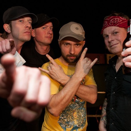 Millencolin PP 10 Year Anniversary Tour Argentina 2010 - 17 Friends 'til the end