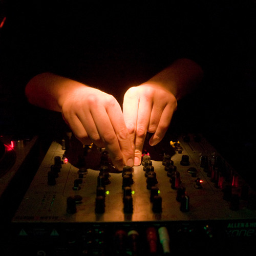 DJ Flush recorded live @ Suicide Circus 16.12.2011