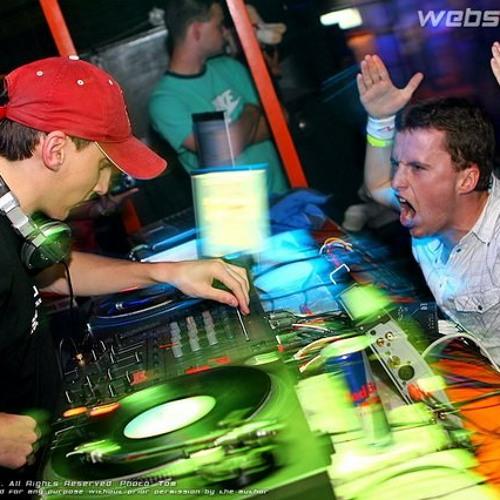 DJ LATECH - BOMBArďáky