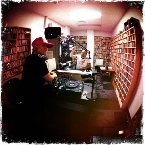 divaDanielle on In a Dream w/ Mystic Pete KXLU 88.9FM