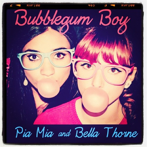 Bella Thorne and Pia Mia - Bubblegum Boy