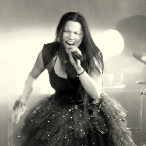 Evanescence- Interview with Amy Lee by Phone in January 2012