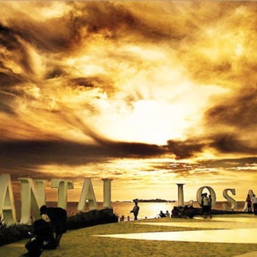 Top Gun - Sunset at the Losari Beach