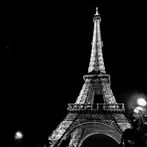 Pull It On In Paris (Supreme vs. Jay-Z & Kanye West Mashup)